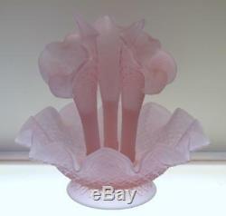 FENTON EPERGNE Magnolia Rose Satin 3 horn DIAMOND LACE Pre Logo FREEusaSHIP