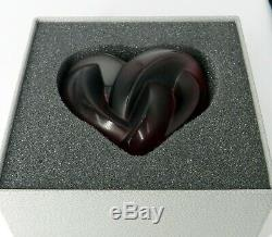 LALIQUE FRANCE SIGNED Art Glass ENTRELACES FUSCHIA HEART PAPERWEIGHT RED/PURPLE