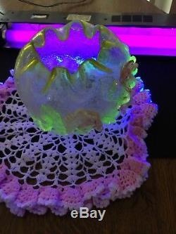 Victorian Stevens & Williams Vaseline & Cranberry Art Crackle Glass Rose Bowl