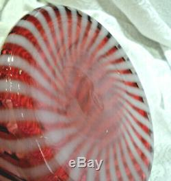 Vintage Large Pink Ruffled Edge Cranberry and white Spiral Optic Swirl Top Hat